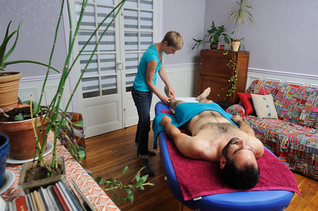 maud-guillemet-consultation-naturopathe-prendre-massage-pied